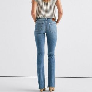 Lucky brand flare jeans👖